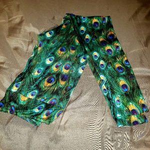 Pants - Peacock feather print soft leggings EUC